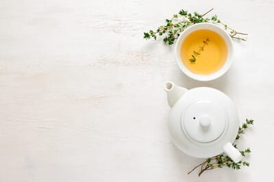 5 Benefits of Adding Tea to Your Beauty Routine